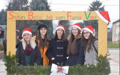 Božićna čajanka Frame Vitez